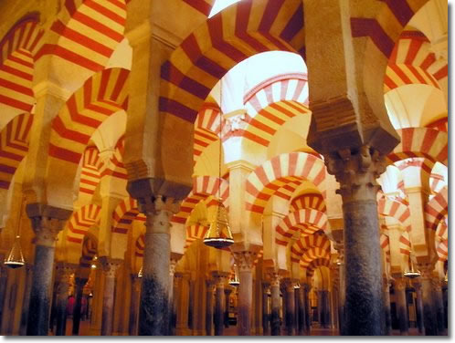 http://www.tomisimo.org/blog/wp-content/uploads/2007/07/cordoba-mosque.jpg
